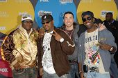 LAS VEGAS - DECEMBER 04: Boyz II Men and Ace Young arriving at the 2006 Billboard Music Awards, MGM