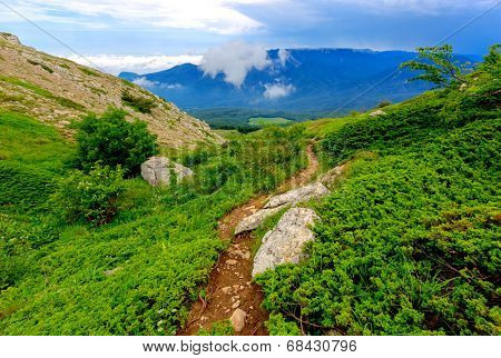 Pathway to valley  in Crimean mountains