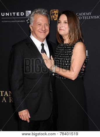 LOS ANGELES - OCT 30:  Dustin Hoffman & Lisa Hoffman arrives to the BAFTA Jaguar Brittannia Awards 2014 on October 30, 2014 in Beverly Hills, CA