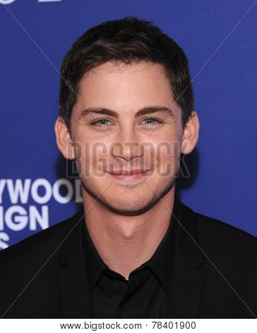 LOS ANGELES - AUG 14:  Logan Lerman arrives to the HFPA Annual Installation Dinner 2014 on August 14, 2014 in Beverly Hills, CA