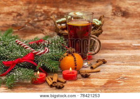 Christmas tree, mandarine, glogg and candles