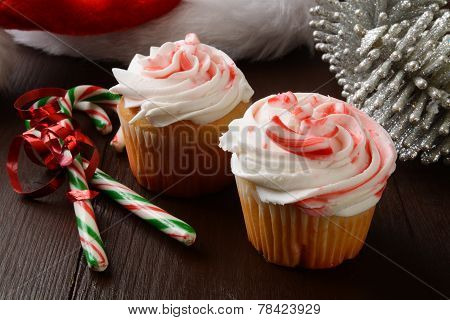 Peppermint Christmas Cupcakes