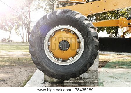 Tractor Wheel With Flare