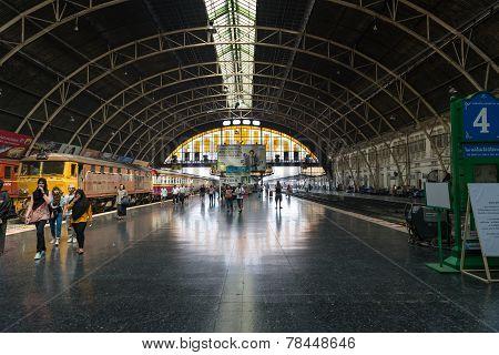 Central Hua Lamphong Railway Station In Bangkok