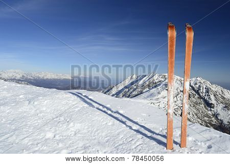 Ski Tour Equipment