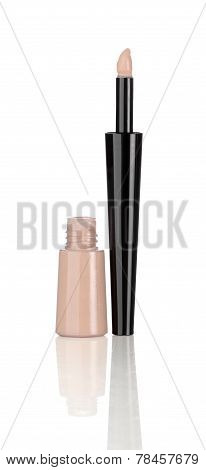 Cosmetic product for eye bags isolated