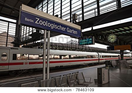 Berlin Zoo railway station