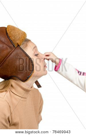 Child Grabbed Her Motherhis Nose