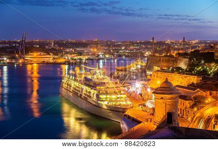 Cruise Liner In The Port Of Valletta - Malta