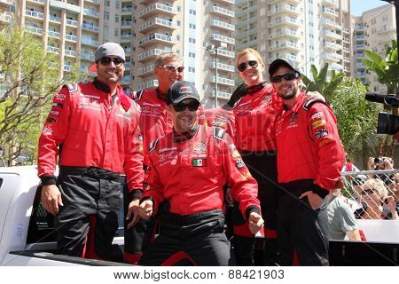 LOS ANGELES - FEB 18:  Joshua Morrow, Dave Pasant, Raul Mendez, Tricia Helfer, Nathan Kress at the TGPLB Pro/Celeb Race at the Grand Prix Racecourse on April 18, 2015 in Long Beach, CA