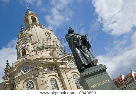 Dresden, Martin Luther Statue