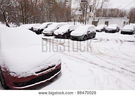 Car Parking In City Yard In Winter Season