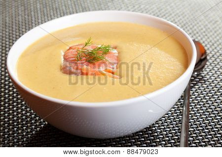 Avocado Cream Soup With Smoked Salmon