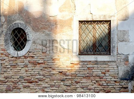 Two Windows In Square And Oval Shape