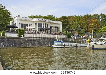 Brussels Royal Yacht Club