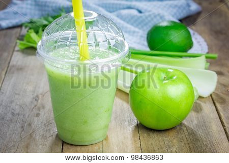 Green Smoothie With Apple, Celery And Lime