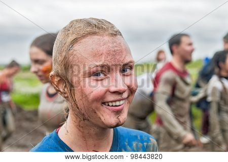 Happy Dirty Girl In Extrime Racing Process