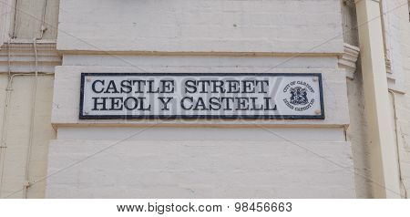 Bilingual welsh street sign