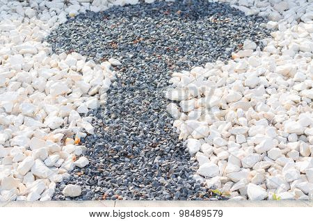 Motif Keyhole Of Pebbles