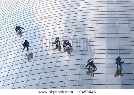 Six window washers