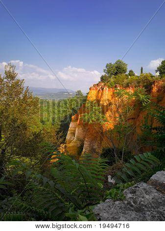 France, Vaucluse, Luberon, Roussillon:  ochre quarry