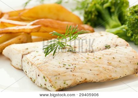 Barramundi Filet with Chips