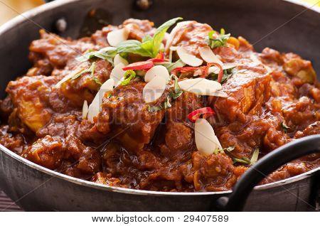 Chichen Madras in Stewpot