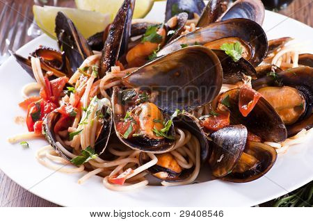Spaghetti with mussles