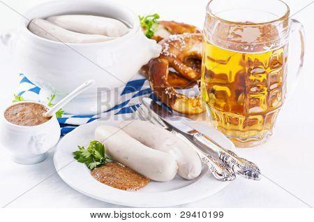 München Frühstück mit Weißwurst und Bier
