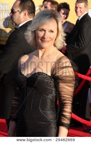 LOS ANGELES - JAN 29:  Glenn Close arrives at the 18th Annual Screen Actors Guild Awards at Shrine Auditorium on January 29, 2012 in Los Angeles, CA