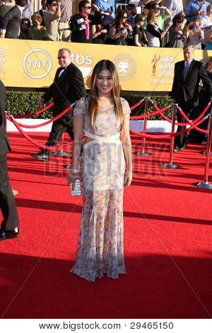 LOS ANGELES - JAN 29:  Jenna Ushkowitz arrives at the 18th Annual Screen Actors Guild Awards at Shrine Auditorium on January 29, 2012 in Los Angeles, CA