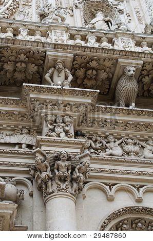 Column Detail - Lecce Basilica