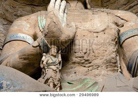 Buddha statues at Yungang grottoes