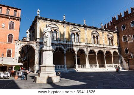 Dante Statue On Piazza Dei Signori In Verona, Veneto, Italy
