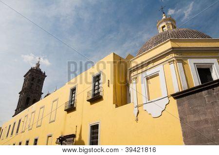 Parte trasera de la Catedral de Puebla, México