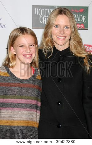 LOS ANGELES - NOV 25:  Samantha Martin, Lauralee Bell arrives at the 2012 Hollywood Christmas Parade at Hollywood & Highland on November 25, 2012 in Los Angeles, CA