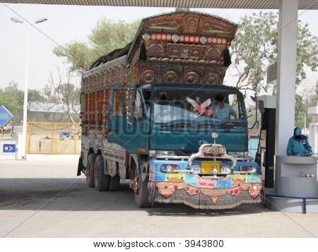 Pakistans Truck