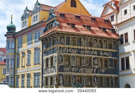 The House �at The Minute� (prague, Czech Republic)