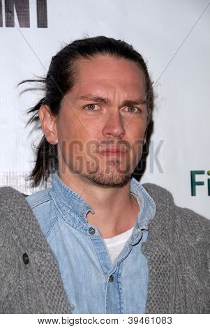 LOS ANGELES - NOV 27:  Steve Howey arrives at the 'Certainty' Los Angeles premiere at Laemmle Music Hall on November 27, 2012 in Beverly Hills, CA