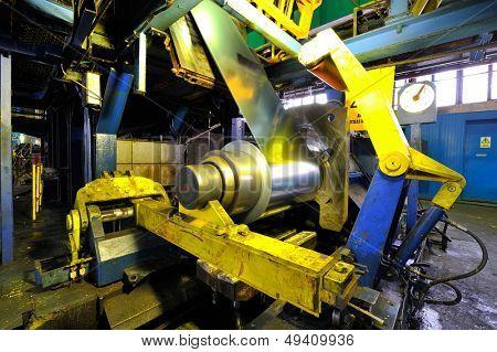 industrial machine for rolling steel sheet