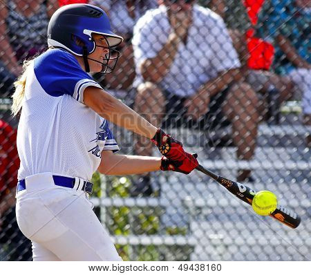 Canada Games Softball Woman Ball Bat