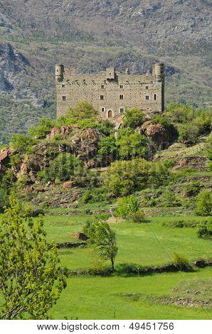 Ussel Castle