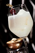 foto of collins  - White Collins Cocktail with Golden Peach - JPG