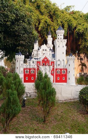 Neuschwanstein In Mini Siam Park