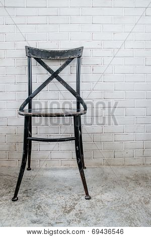 Classic Iron Chair With White Brickbrick