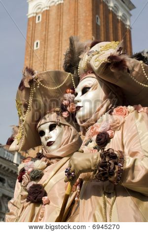 Venice - pair in mask - carnival