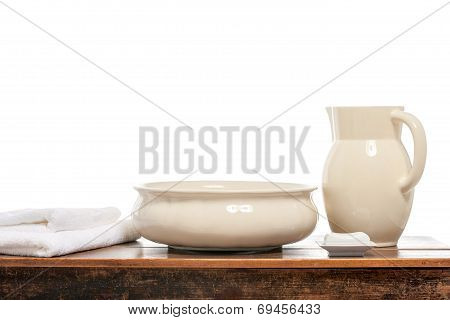 Water pitcher and basin