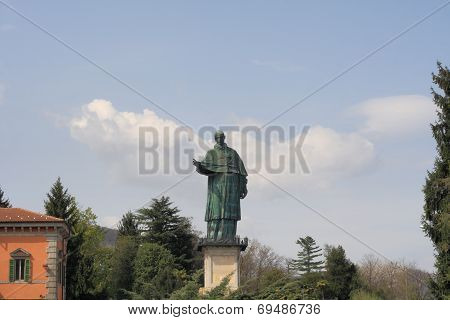San Carlone Statue