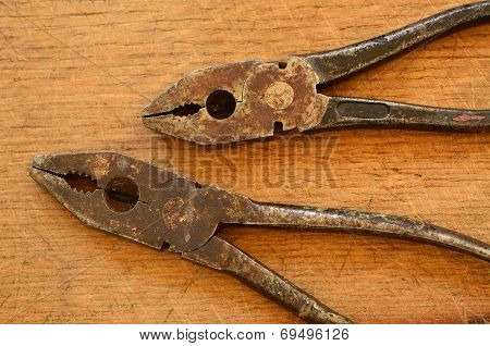Rusty Pliers