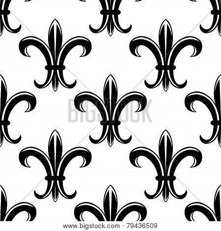 Classic fleur de lys seamless tracery pattern